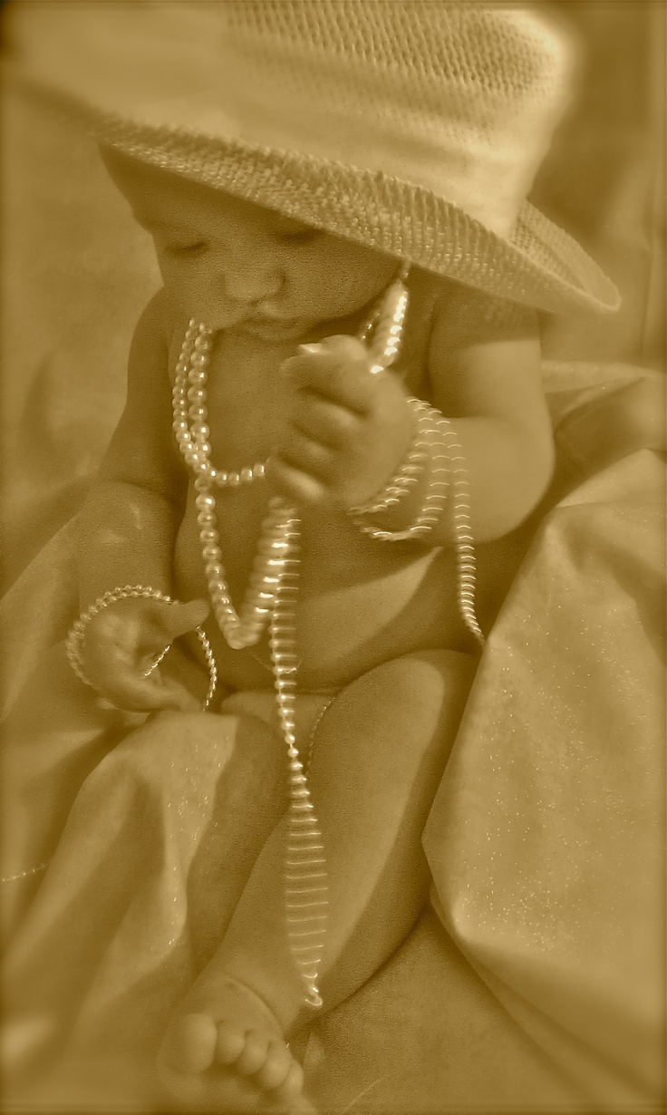 <3Pictures Ideas, Little Girls, Cute Ideas, Daughters, Vintage Hats, Baby Girls, Baby Pearls, Baby Photos, Pearls 3