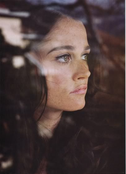 #Robin_Tunney (Born: Robin Jessica Tunney - June 19, 1972 - Chicago, IL, USA) as Teresa Lisbon