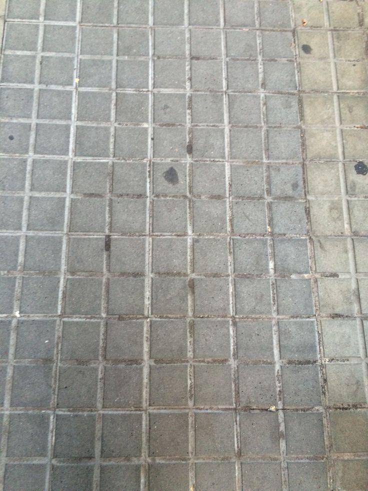 The average sidewalk