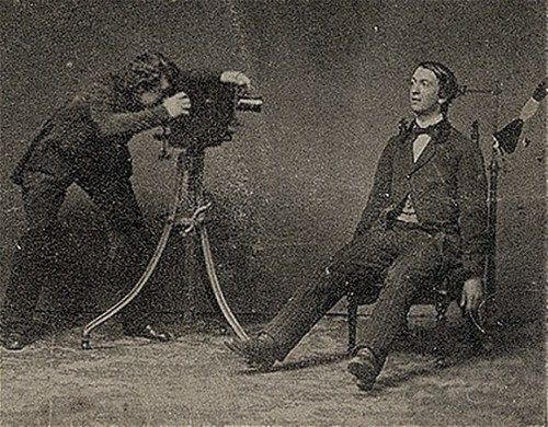 A post-mortem photographer at work. 19th century.: Victorian Postmortem, Post Mortem, Postmortem Photography, Moment Mori, Posts Mortem Photography, Victorian Era, Children Photography, Photo Session, Memento Mori