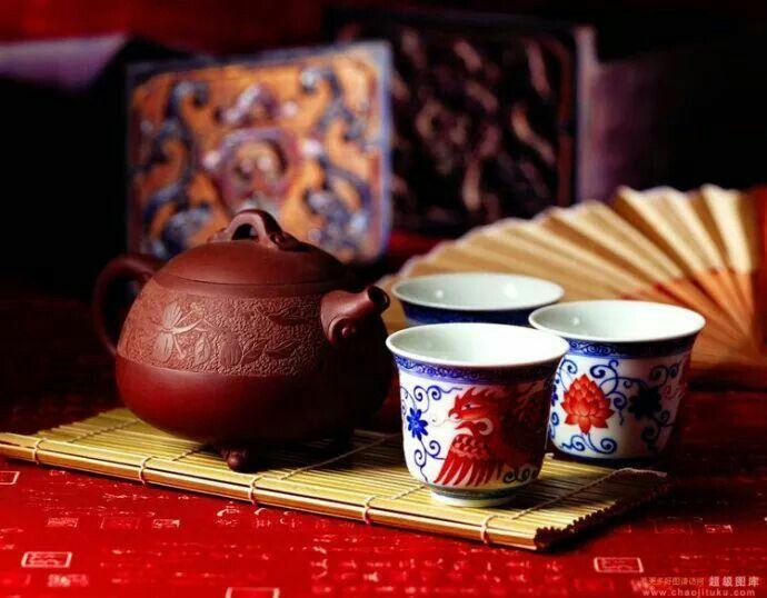 A jó minőségű tea segíthet nekünk visszatalálni a természetes ízekhez, magához a természethez, akár önmagunkhoz is. Olvasd el teázási útmutatómat!