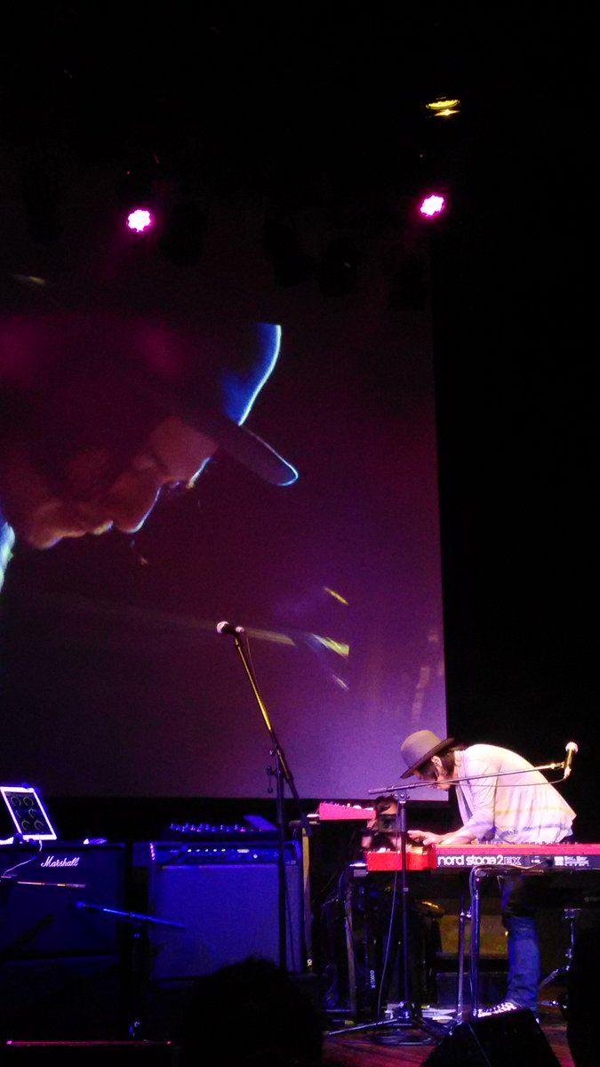 ヤマハミュージックジャパンの発表会!その4 さらに、nordのデモ演奏で、渡辺シュンスケ(Schroeder-Headz)さん。nord3台を自由に使いこなした、素晴らしい演奏。良い音&リズムも素晴らしくて、引きこまれました。 #schroederheadz #nord #ヤマハ
