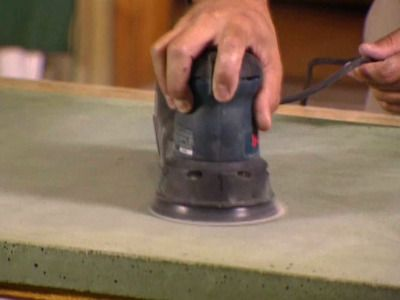 How to make a cement countertop- I already have them in the marbled style, but this could be useful for others.
