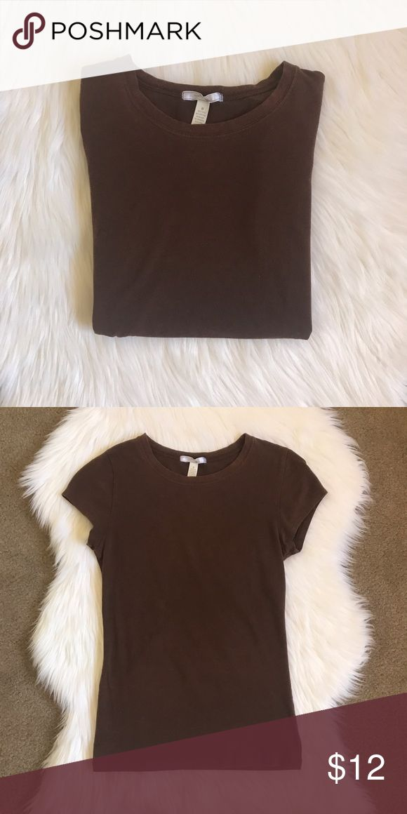 Ambience Tee Brown T-shirt, very very soft! Nothing like a neutral tee to match with all your looks! It looks very nice with a statement necklace and jeans! Ambiance Apparel Tops Tees - Short Sleeve