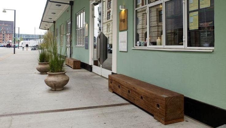 The Standard in Copenhagen: THORS  Gamma benches #reclaimedwoodbench #harbourwood #upcycling #shopfront