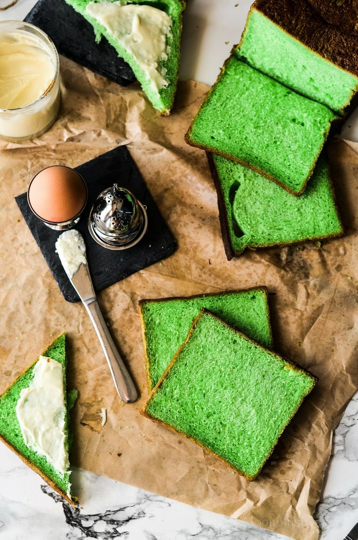 Life changing /-/ Pandan Pull man bread loaf - The moonblush Baker