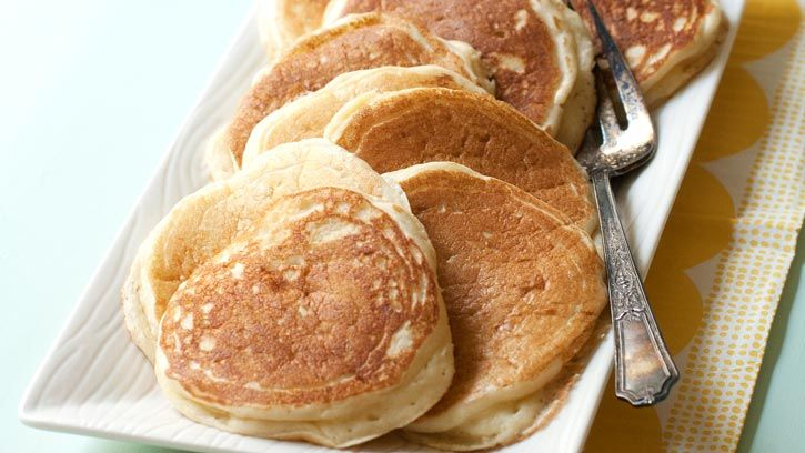 Give your morning routine a boost of protein by using Bisquick® and Yoplait® Greek Yogurt to mix up some extra fluffy Vanilla Protein Pancakes.