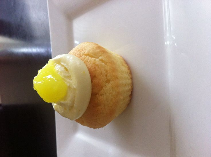 Lemon Cheesecake Cupcakes Ingredients:80g softened butter, 1/2cup caster sugar, 1egg, 1cup self raising flour, 1/3cup lemon curd, 1tsp lemon zest. Topping:250g cream cheese, 1tsp lemon zest, 1cup icing sugar, lemon curd to decorate  Method:preheat oven 160•c,line 12 hole cupcake tin. Use electric mixer, mix butter,  sugar, add egg,mix well. Add flour,curd, zest, beat til combined. Bake for 12-15 mins. Topping: use electric beater to beat cream cheese and zest. Add icing sugar, beat til…