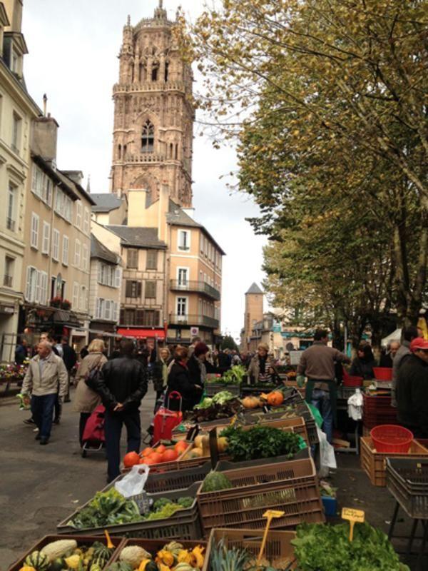 """Résultat de recherche d'images pour """"marché cathédrale de rodez"""""""