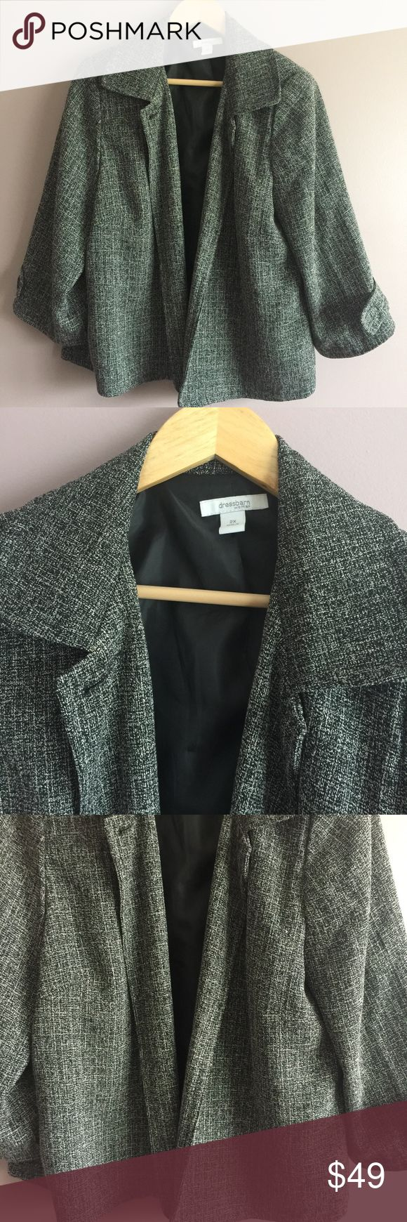 Women's Dressbarn Black & White 3/4 Length Blazer Beautiful and Stylish Black and White Dress Barn Women's  Blazer Size 2X in very good condition. No zipper or buttons included with blazer. Smoke-free/Pet-free home. Bundle for additional savings. Offers always welcome. 1 business day shipping except on weekends. Dress Barn Jackets & Coats Blazers