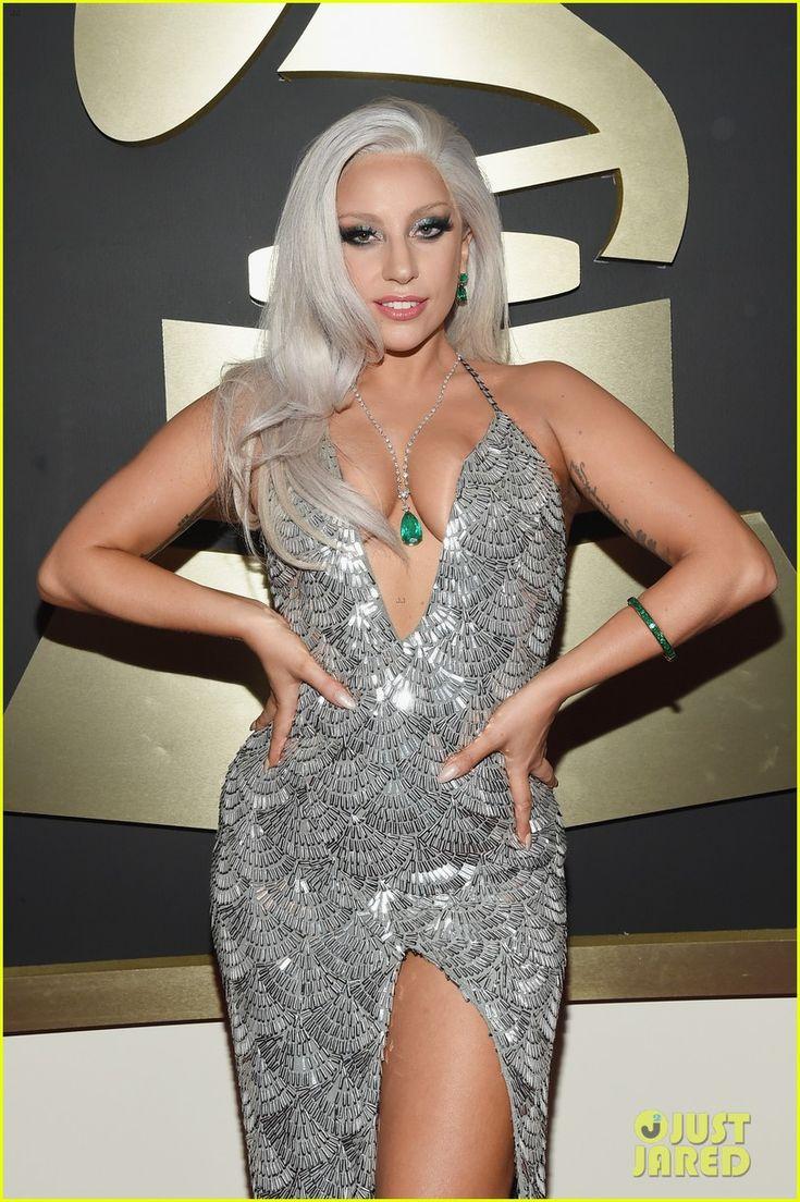 Lady Gaga Walks Grammys 2015 Carpet with Tony Bennett!