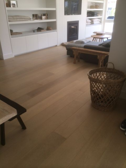 Lye French Oak Flooring AB Grade 220 x 21 x 6mm Prefinished & Engineered