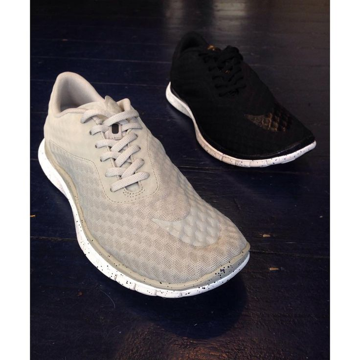 New to Sefton this week is the Nike HyperVenom Free Low. A clean and comfortable silhouette with a speckled free run sole is what makes this shoe what it is. Available now in store and online soon. Black & Grey, 7-11, £95.  #Nike #HyperVenom #hyper #venom #free #freerun #run #sneakers #trainers #black #fashion #menswear #sefton #footwear #london #seftonfashion #new