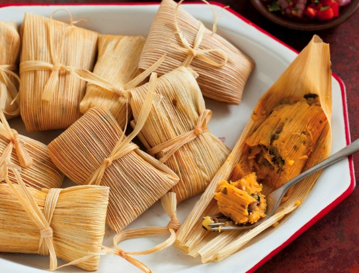 Vegetarian Tamales (Sriracha) I'VE BEEN WANTING A TAMALE FOR SOOO LONG LONG AND NOW I CAN MAKE THEM