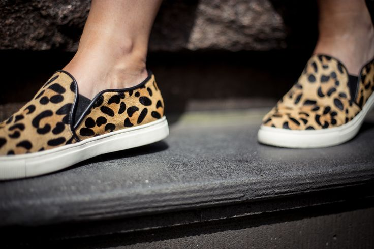 Fashion #blogger Charlotte Bridgeman of Winston & Willow wearing Seed Heritage Mason Sneaker, $129.95. Available from www.seedheritage.com.