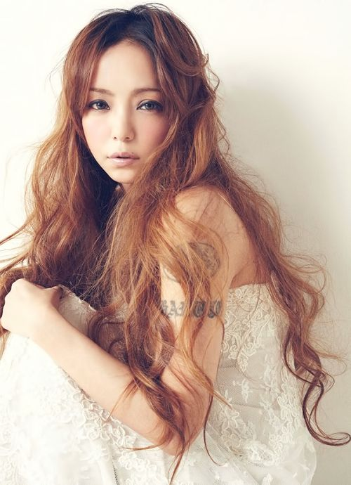 I would kill for hair like that of Namie Amuro (via tumblr)