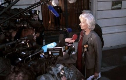 Affaire Tapie: Christine Lagarde placée sous le statut de témoin assisté