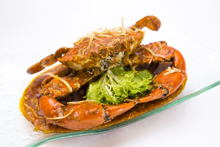 Lion City's Authentic Singapore Chilli Crab! Recipe since 1988 and winner of Iron Chef Vietnam 2012! #Singapore #Vietnam