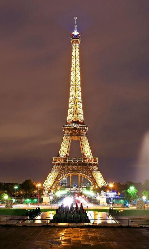 Pin By Marika Tulima On Paris Tower Eiffel Tower Pictures Paris Wallpaper