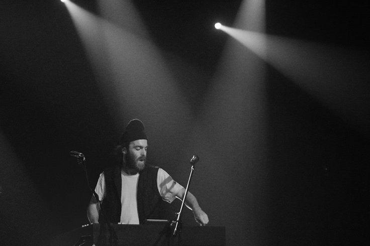 Despre concertul de aseară Chet Faker la Arenele Romane 2014