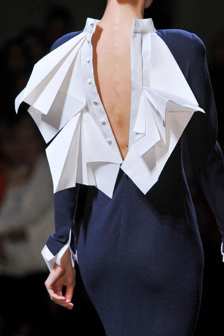 Origami Fashion details - dress back with folded white fabric like crisp white paper // Stephane Rolland SS12