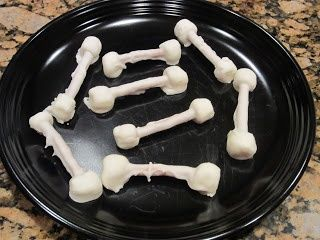 Yummy Funny Bones- great idea to compliment a health lesson on bones or for a fun halloween treat