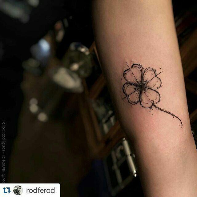 25 melhores ideias de tatuagens de trevo no pinterest for Table no 21 tattoo