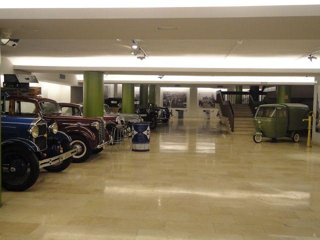 Un Museo de Coches Antiguos en el corazón de Madrid/ Vintage Cars - Revista Semana