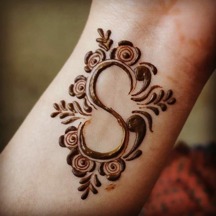 s letter mehndi designs
