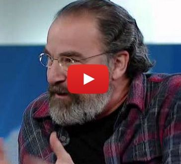 "Mandy Patinkin discusses playing the role of Inigo Montoya in ""The Princess Bride"""