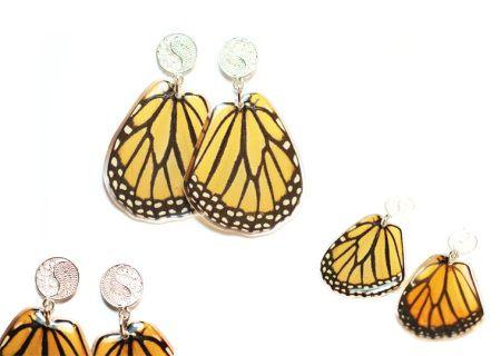 ARETES Y TOPOS - AntheiaOnlineShop  Aretes con alas de mariposa Monarca y filigrana en plata 925 elaborada a mano. Todas nuestras mariposas son recicladas y de zoocriaderos certificados, ninguna mariposa es sacrificada.