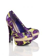 Violet shoes - something every Tri Sigma should have, Kittye Roberts-SousaFantasy Shoes, Sassy Sexy, Sigma, Purple Colors, Violets, Shoes Prive, Sexy Shoes, Lights Fantastic, Kitty'S Roberts Sousa