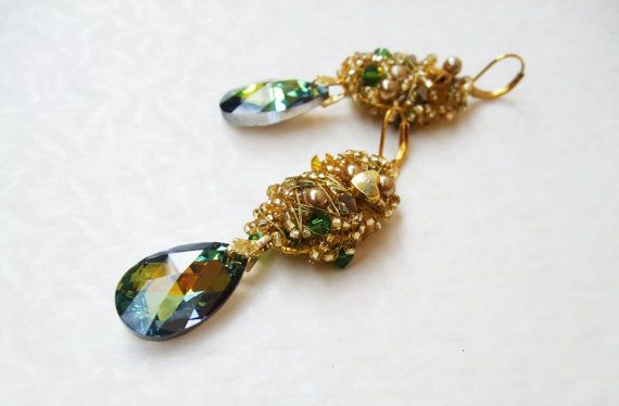Swarovski Crystal green yellow gold multicolour wire wrapped fashion dangle earrings / Crystal drop dangle earrings gold green