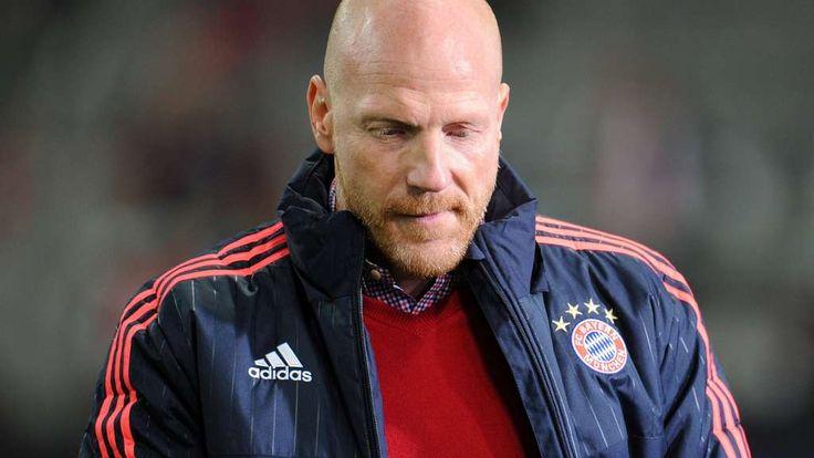 Nach Angaben der Sport Bild gehen der FC Bayern München und Sportvorstand Matthias Sammer ab sofort getrennte Wege.