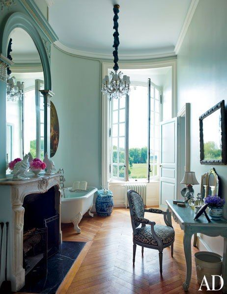 A bath at Château du Grand-Lucé features a clawfoot tub by Porcher and a fireplace.: Clawfoot Tubs, Paintings Colors, Dreams Bathroom, Bathroom Wall, Loire Valley, Timothy Corrigan, Guest Bath, Chateau, Blue Bathroom
