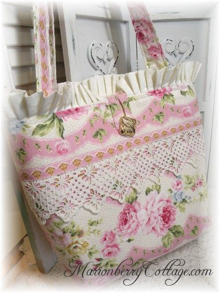 English Cottage Rose garden tote purse Lovely pinks