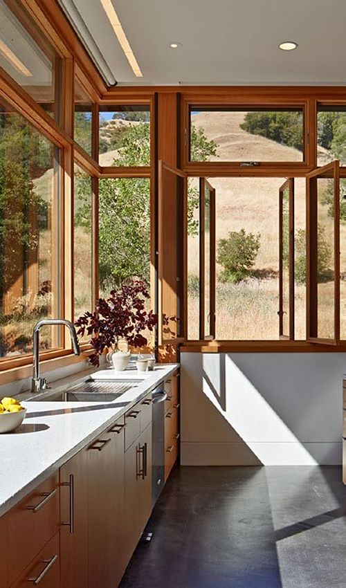 Beautiful design, so many windows!  Cup   Bow   Twist by Schwartz and Architecture