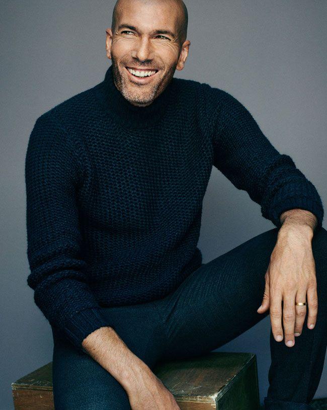 Mango homme fait sa rentrée masculine des tendances de mode en invitant Zinédine Zidane qui sera de nouveau le visage d'une campagne publicitaire des plus saisonnière.   Campagne madrilène C'est bien évidemment pour la collection homme de l'automne hiver 2015 2016, que le très p