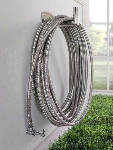 Радиатор с горячей водой / круглый / из нержавеющей стали / уникальный дизайн CIUSSAI by Stefano Ragaini & Giorgio Di Tullio AD hoc