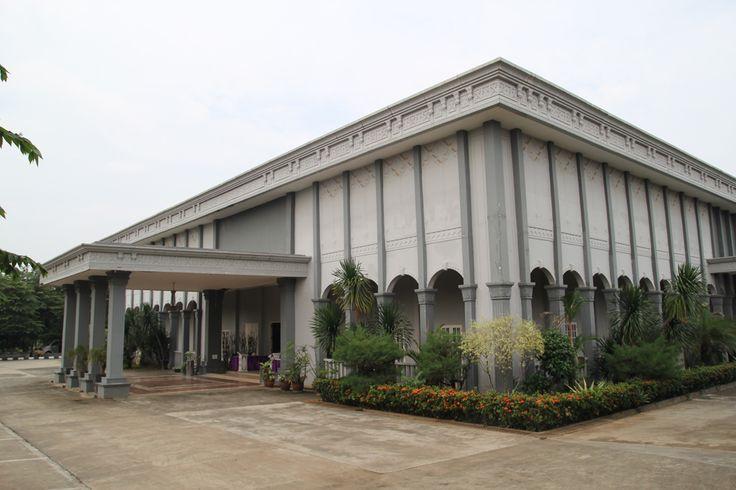 DAFTAR GEDUNG RESEPSI PERNIKAHAN - Dewi's Catering & Wedding Package