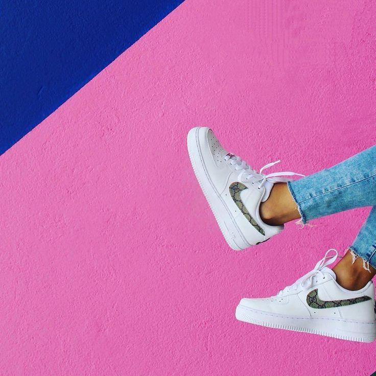 Sneakers women - Custom Nike AF1 Gucci (©vintage.force)