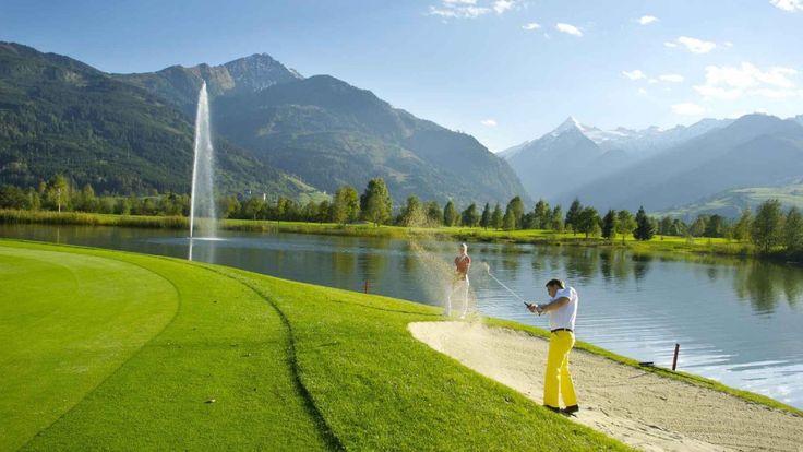 Golfen und die Ferien mit dem Hund genießen - hier warten nicht nur Golfplätze, sondern auch ein großer Wellness- und Spabereich sowie Salzburger Köstlichkeiten.   #urlaubmithund #golfurlaub #golfen #urlaub #hund #hundefreundlich #salzburg #hotel #kaprun #zellamsee