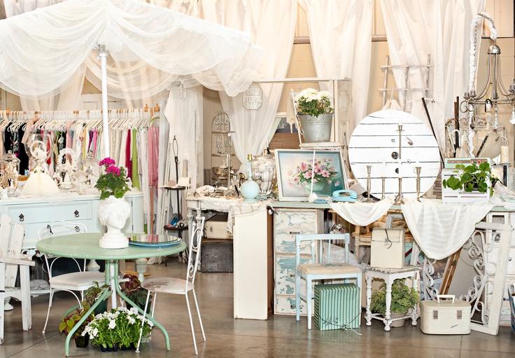 antique shop display ~ so dreamy