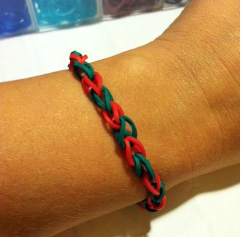 17 best images about rubber band bracelets on pinterest for Rubber band crafts without loom