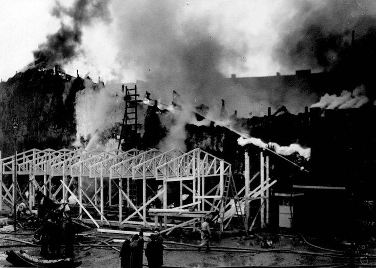 Branden i berg-och dalbanan, 1944.