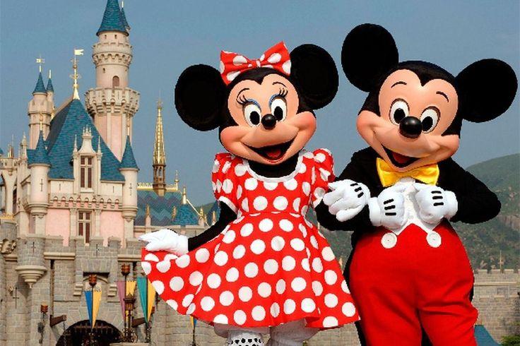 Even weg? Kies dan voor een heerlijk weekend naar Disneyland Parijs met het gezin. Hier komen de klassieke helden en heldinnen van Disney tot leven in een sprookje dat nog heel lang, en gelukkig, zal duren.