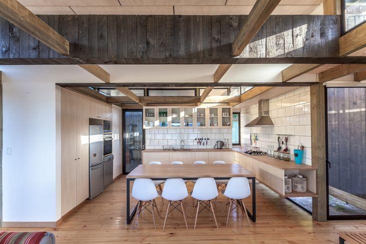 Gallery of Assemble House / PAR Arquitectos - 12