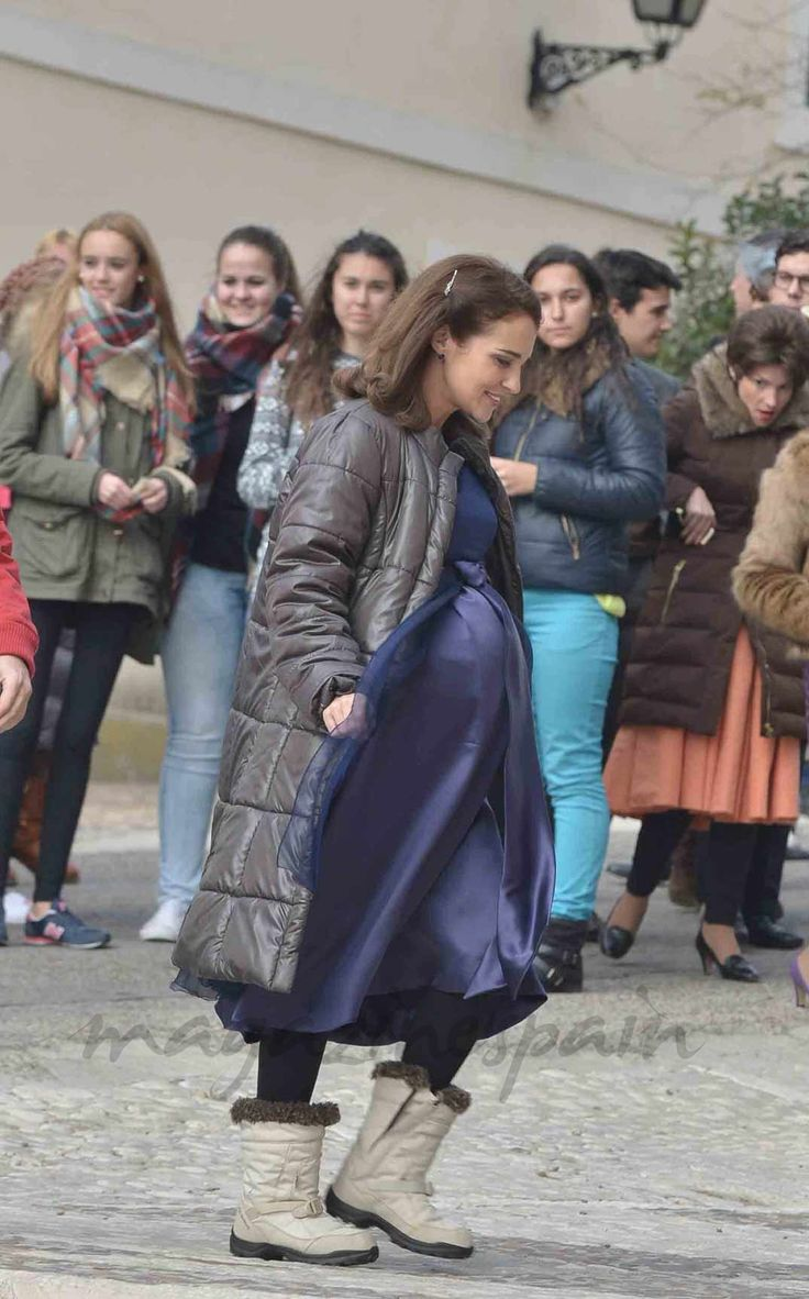 Pregnant Paula Echevarria (1074×1725)