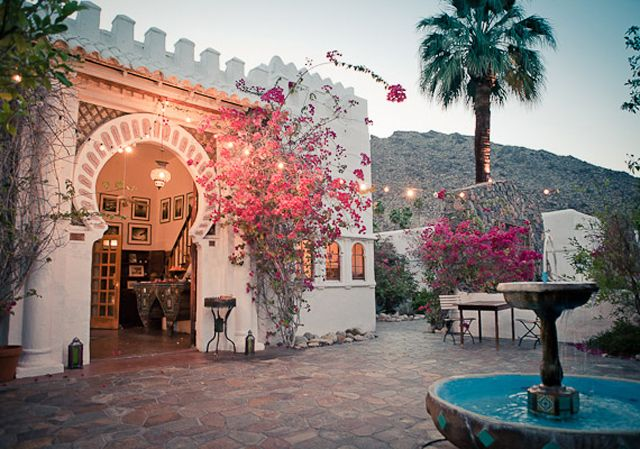 Korakia Pensione - a sweet Moroccan-style retreat in Palm Springs. With a bevy of amenities, like yoga, spa services, bocce ball, poolside lounging, afternoon tea, and outdoor movies, a weekend long stay just doesn't seem long enough.