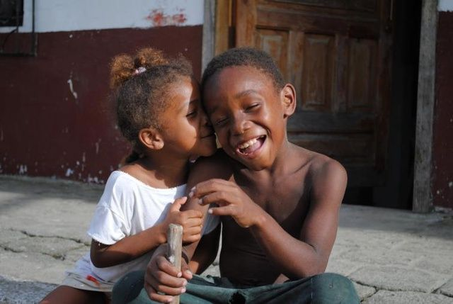 Ciencia demuestra que una sonrisa no significa felicidad